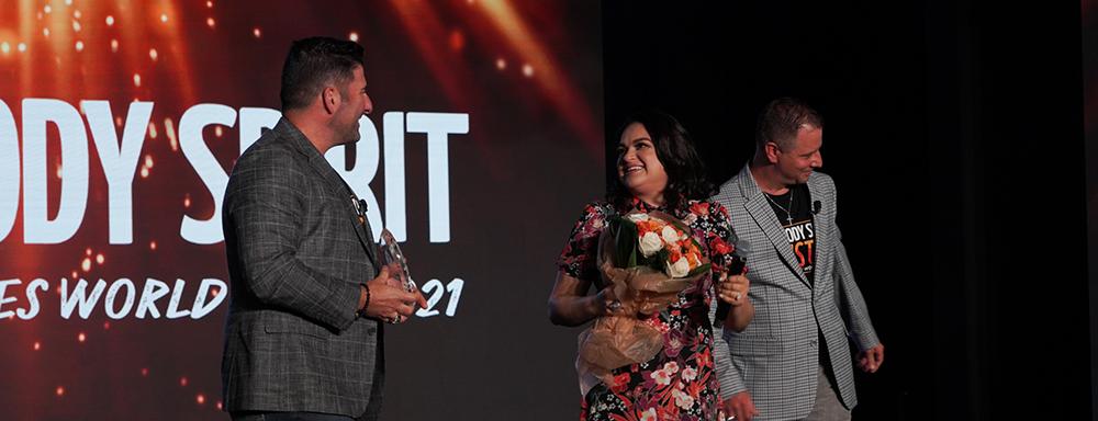 Total Life Changes Honors Gabriela Ortiz with Vitruvian Award