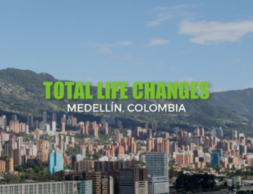 RIBBON CUTTING FOR NEW TOTAL LIFE CHANGES OFFICE IN MEDELLÍN